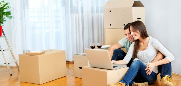 Erste gemeinsame Wohnung ©istock.com/vgajic