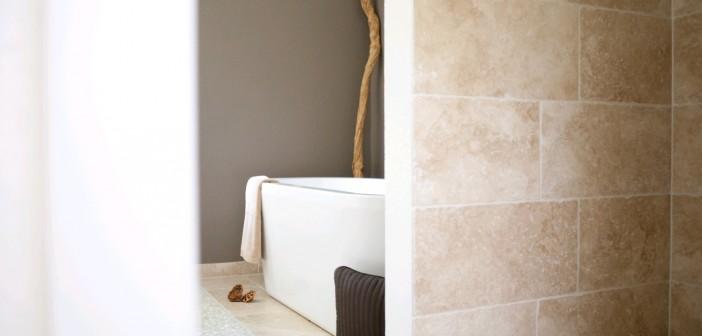 Verblender oder Fliesen im Bad © www.jonastone.de