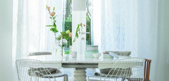 Gemütlich dinieren mit #GibDirStoff: Frühlingshafte Textilien für den Ort zum Essen, Trinken und Wohlfühlen