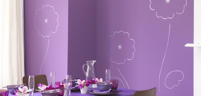 Lila Räume wirken lebendig Bilder: www.farbqualitaet.de