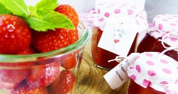 Perfektes Mitbringsel: selbstgemachte Erdbeermarmelade